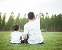如何帮助自闭症幼儿提升共同注意力