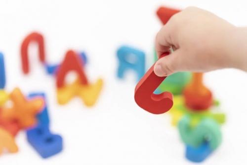 案例分析|混乱的发音如何纠正?一起来跟着老师这样做!